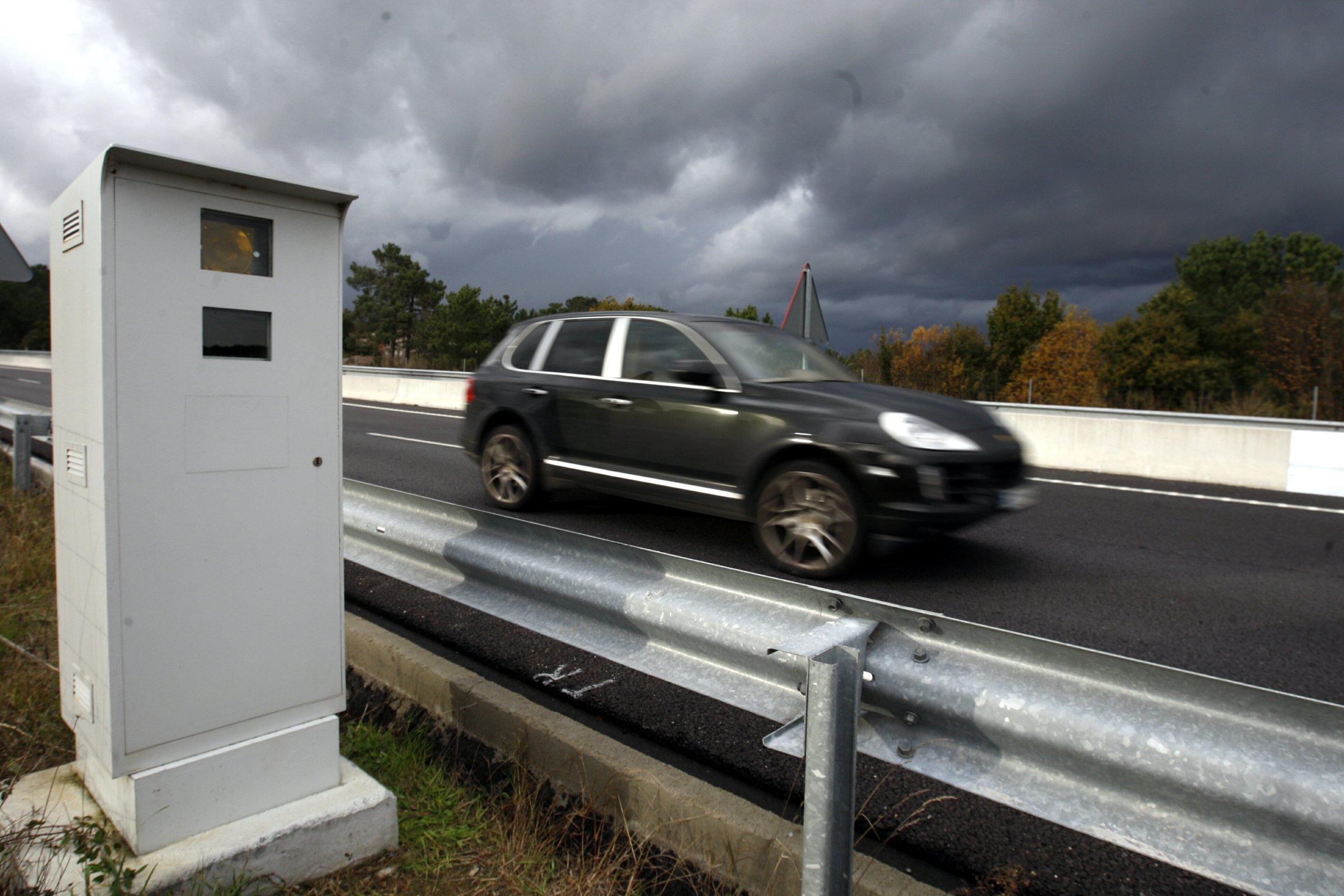 cientos de conductores son multados por error a pesar de tener la ITV en regla