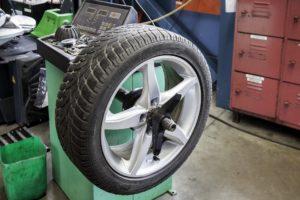 ¿Cuándo se deben cambiar los neumáticos?