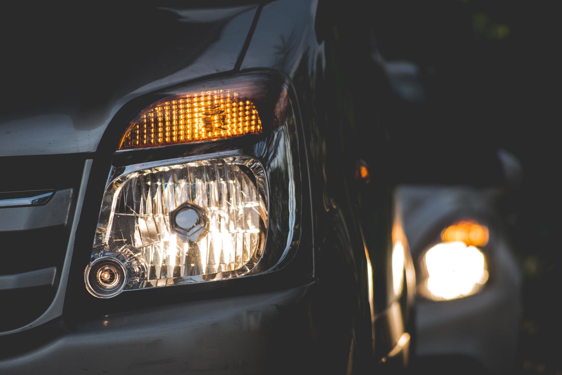 Los diferentes tipos de luces para el coche