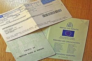 ¿Es obligatorio llevar el recibo del seguro?