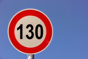 La DGT planea establecer el límite de velocidad en 130 Km/h en autovías
