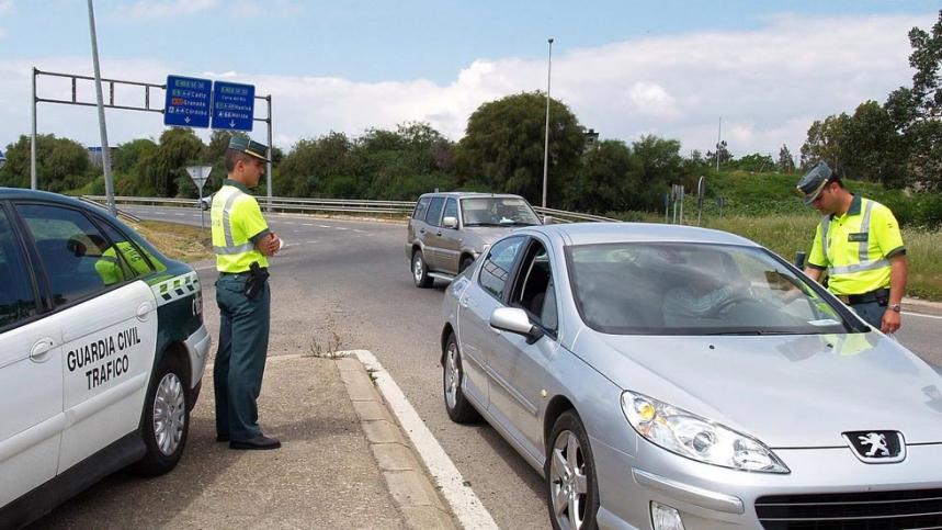 La DGT detectará los coches sin seguro en carretera